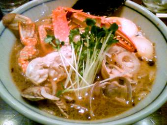 味玉蟹出汁らぁめん(醤油)