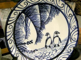 ペンギン染付絵皿