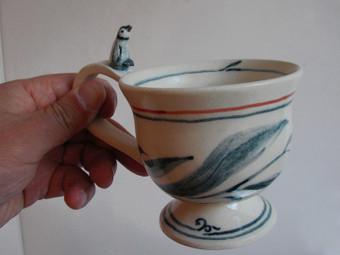 色絵ティーカップ(側面)