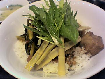 香港豚角煮丼