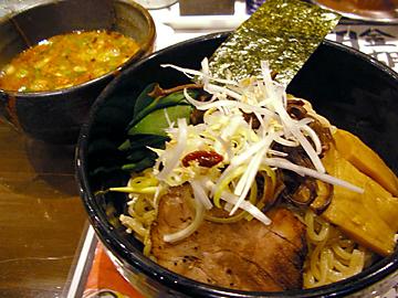 金胡麻坦々つけ麺